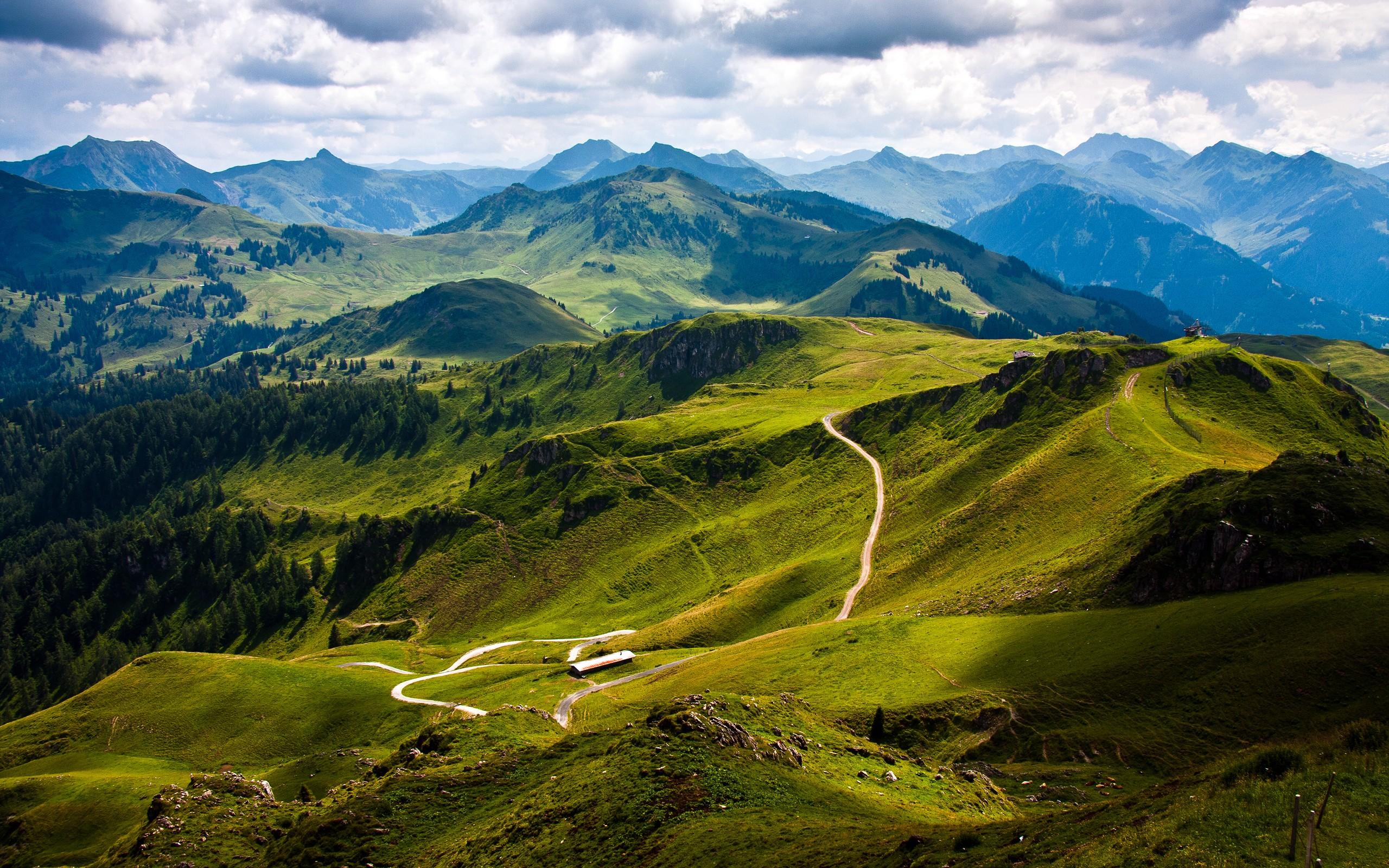 mountains_hd.jpg