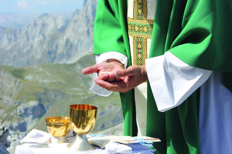 Eucaristia-e1592859838534.jpg